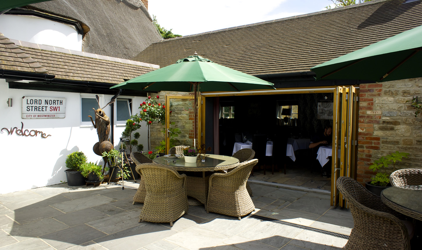 Nut Tree Inn Courtyard